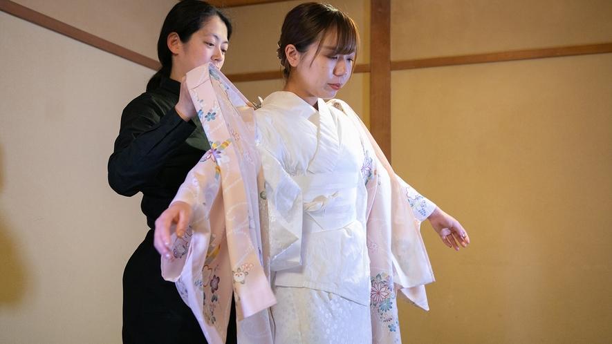 着物で京都の町を散策!皆様より好評の着付け特典付きプランイメージ