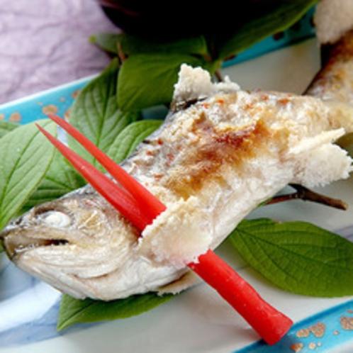 *料理一例/川魚の塩焼き。お魚の美味しさと、塩加減が絶妙