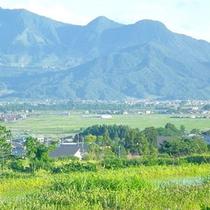 *【戸狩り風景】四季に色づく山間に囲まれて。