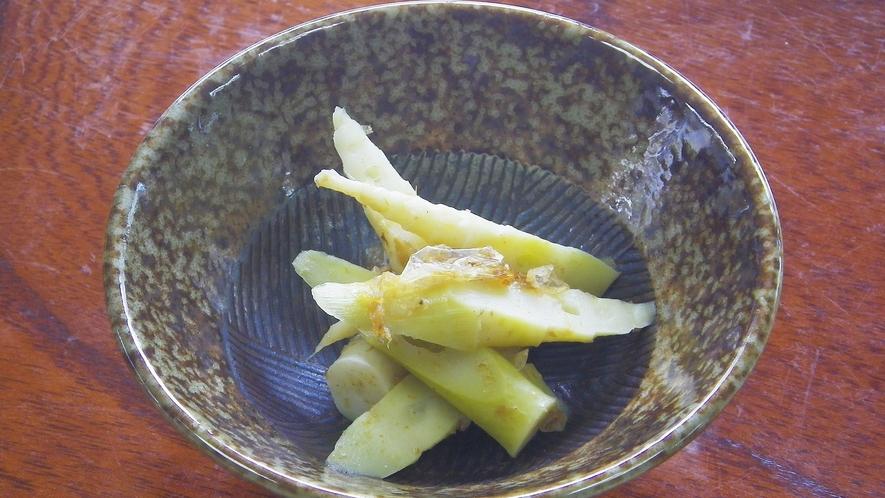 *【朝食一例】根曲がり竹