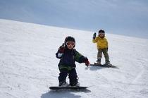パパやママと一緒に滑りたい!!