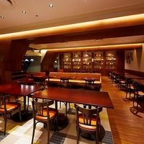 カフェレストラン24(イーストタワー1F)