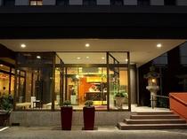 【ホテルエントランス】
