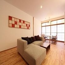 ■本館『東棟』客室一例。写真は禁煙室一例。