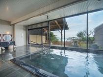 女性大浴場白山温泉は美人の湯ともいわれます。