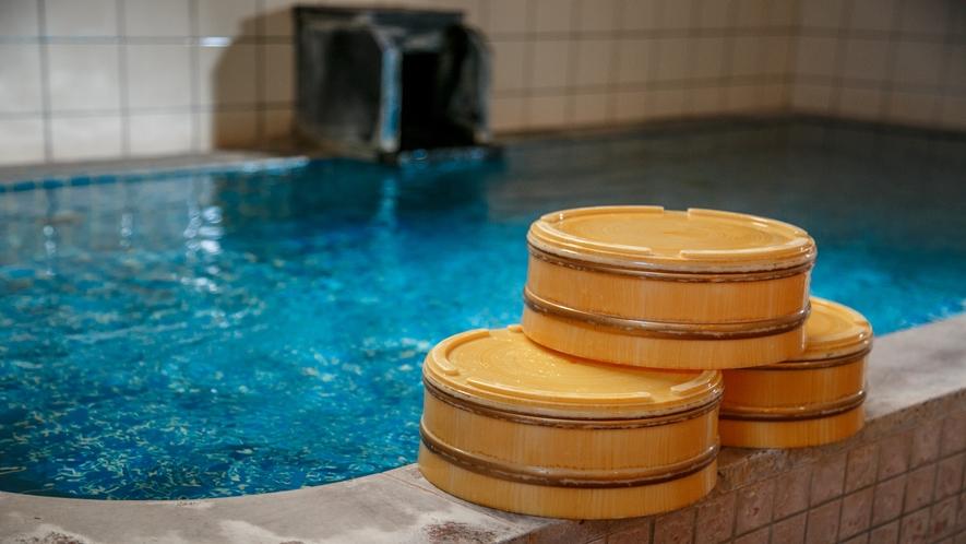 アルカリ単純泉のとても柔らかなお湯の温泉です。お肌がスベスベになりますよ♪