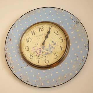 ★可愛らしい掛け時計
