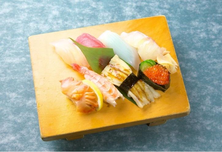 【当館おすすめ周辺飲食店】酔膳亭みちづれのお寿司