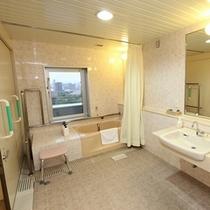 【バリアフリールーム】浴室