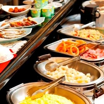 バイキング朝食無料☆日替わりでご用意。
