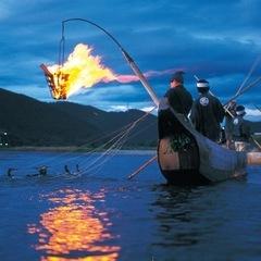 毎年夏には長良川で鵜飼が開催されます。