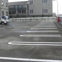 立体駐車場もございます。