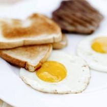 卵料理の種類も豊富で嬉しい。日替わりです。