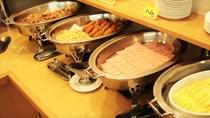 無料朝食バイキング ◆毎日日替わりで約30品目御用意しております。