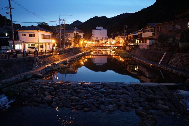 音信川(夜)2