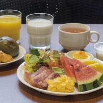 ちむどんcafe「きーぬしちゃ~」朝食一例