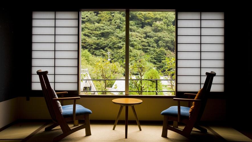泉遊A_窓