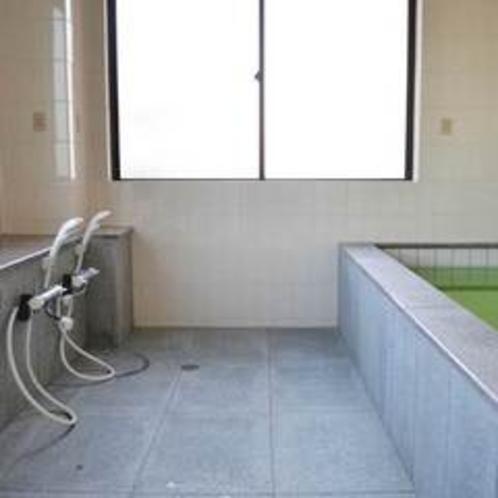 お仕事の後はお風呂でゆっくり。