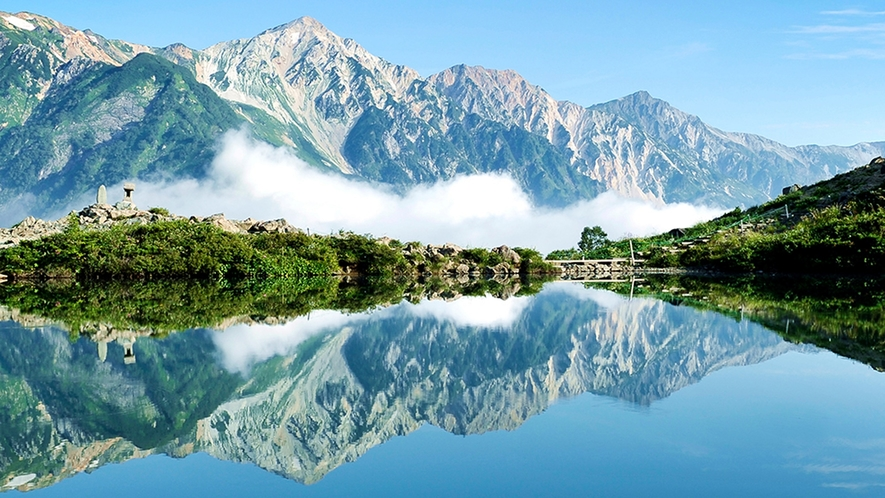 **【周辺観光】八方池山荘から八方池までが定番のトレッキングコースとして親しまれています。