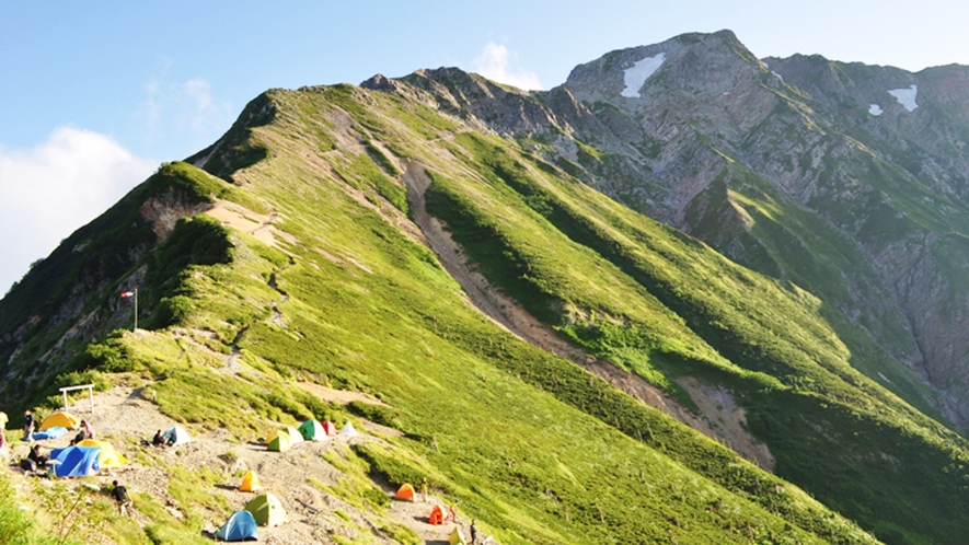 **【周辺観光_五竜岳】難易度の高いコースもありますが、山全体では中級に属しています。