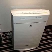 加湿機能付空気清浄機(全室に設置)