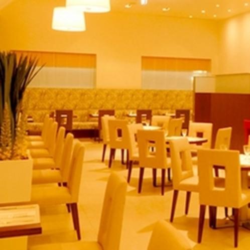 2階 ペストリーカフェ 『パティステージ』