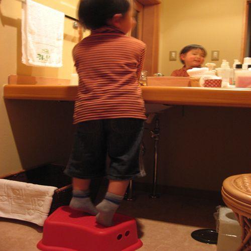 子供用の踏み台完備