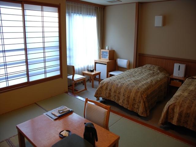 朝霧【和洋室】風呂・トイレ付き