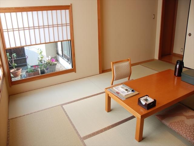 川風【和室のみ】風呂・トイレ付き