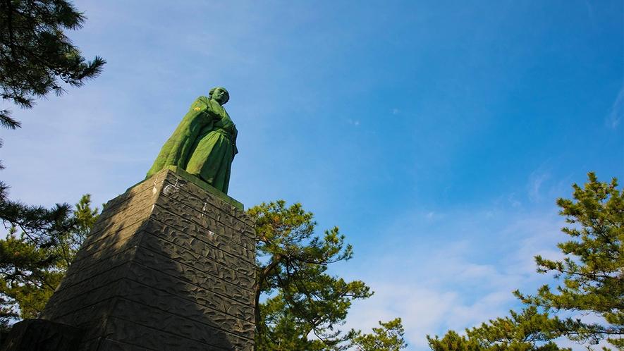 ■桂浜■13.5メートル!迫力ある坂本龍馬像は一見の価値あり♪車27分
