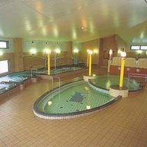 関連施設: 温泉の森(浴場)