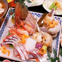 お刺身が2倍!富山湾の旬魚をてんこ盛りしました。