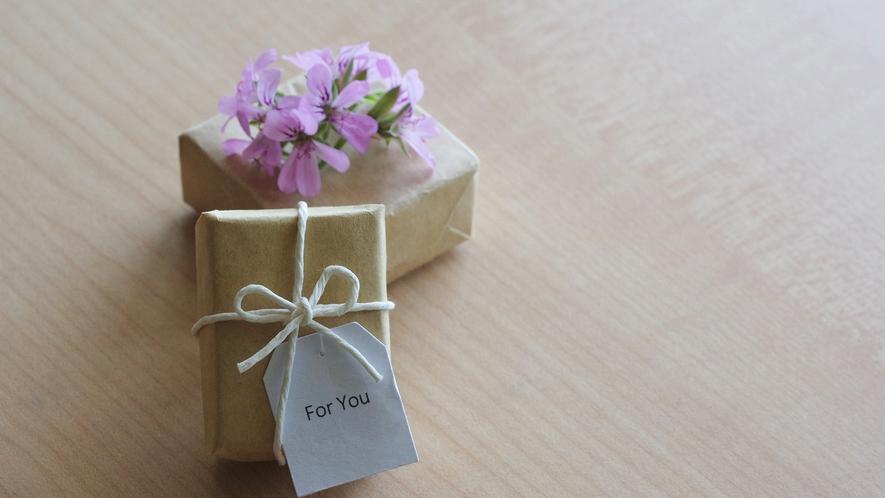 女性のお客様へ ほんのちょっぴり「プチギフト」プレゼント♪(写真はイメージ)