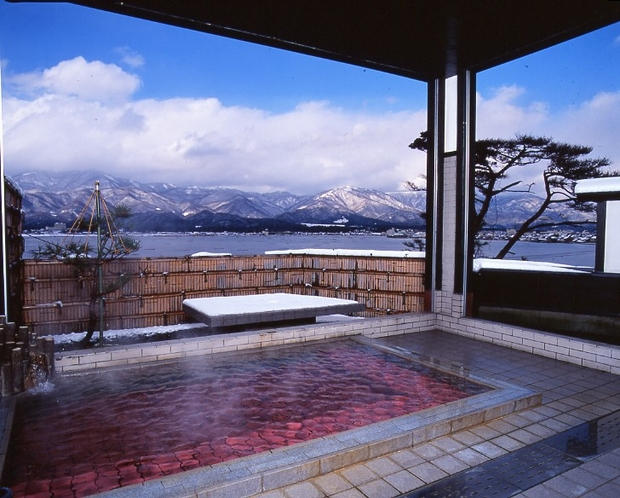 露天風呂「朱鷺の舞湯」 冬