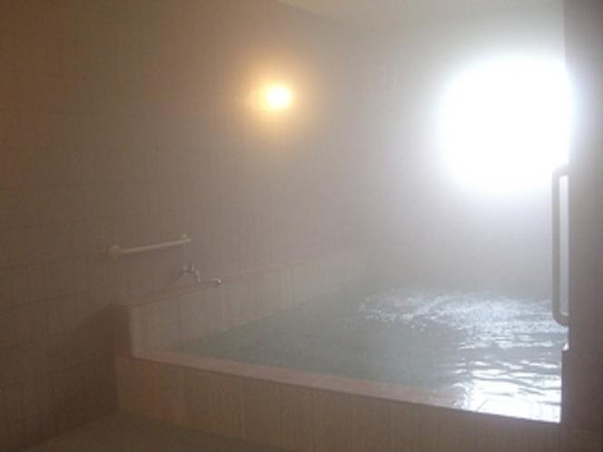 約6畳の大きな気泡風呂