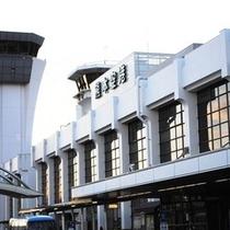 熊本空港★空港リムジンバスにて熊本駅まで約60分・熊本駅よりホテルまで徒歩3分と便利です!
