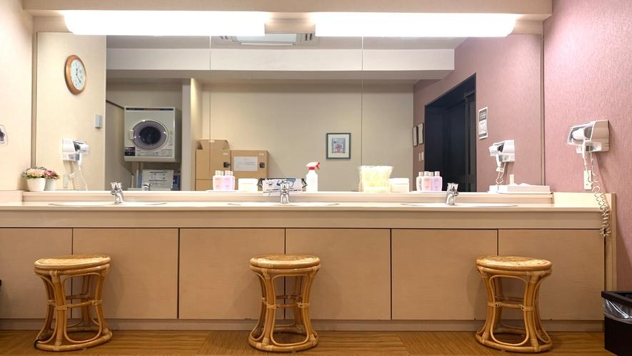 女性大浴場◇洗面台