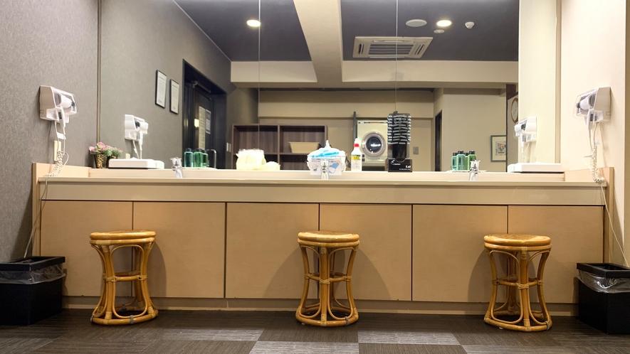 男性大浴場◇洗面台