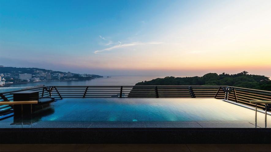 ☆【天空】和邸専用展望風呂です。むさし屋上にあり太平洋を眺めながら温泉に浸かることができます。