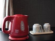 電気ケトルとお茶セット