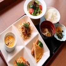 朝食和洋膳(ご飯・味噌汁セット)