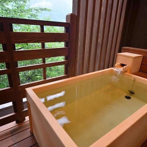 源泉100%掛け流しの客室露天風呂