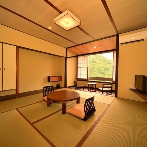 くつろぎの和室8畳+広縁