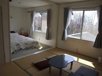 ダブルベッド和洋室