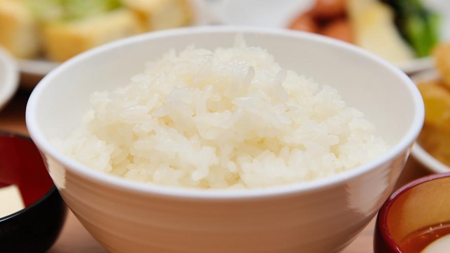 【新潟】白米は新潟県産のコシヒカリを使用しています