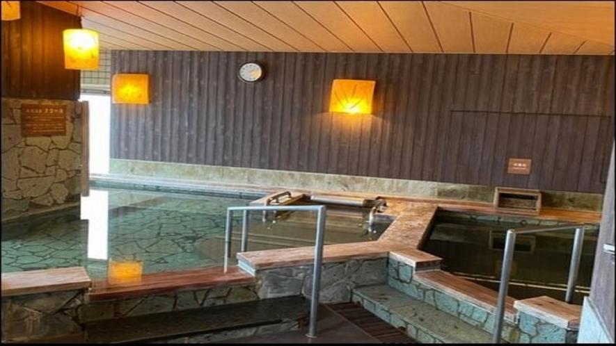 ◆10階男性大浴場【内風呂】(湯温:41~42℃)