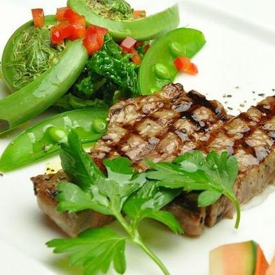 【秋冬旅セール】 メイン料理、国産A4ランク和牛ステーキ+アラカルト1品付などお得な8大特典付プラン