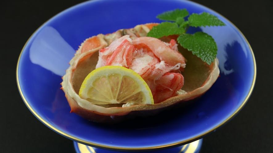 ◆【ご夕食一例・酢の物】ズワイガニの甲羅盛り