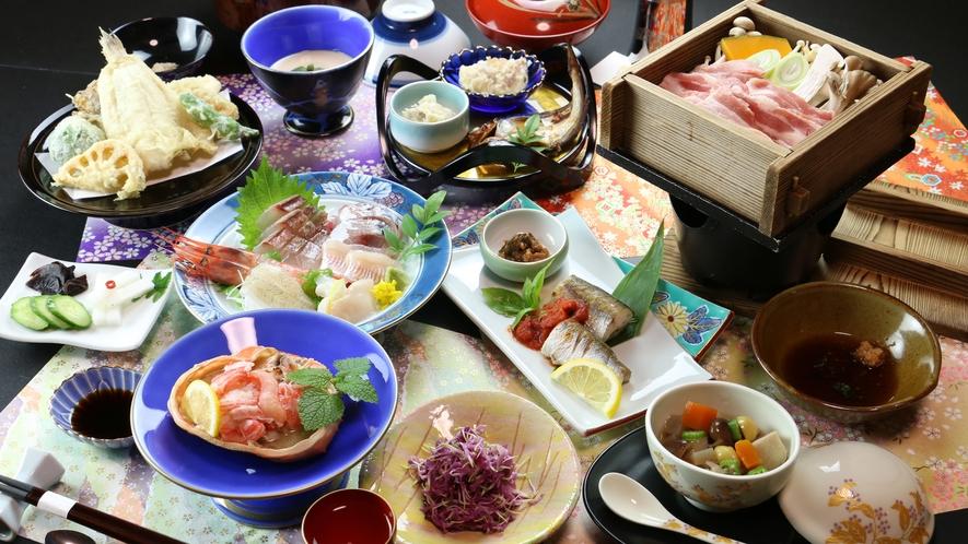 ◆【ご夕食一例-冬季-】やっぱり蟹だね♪紅ズワイカニの甲羅盛りと越後もち豚の地酒蒸し