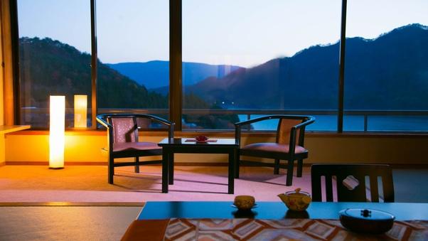 [赤谷湖の絶景]特別な日は此処で♪■広め和室14畳■禁煙